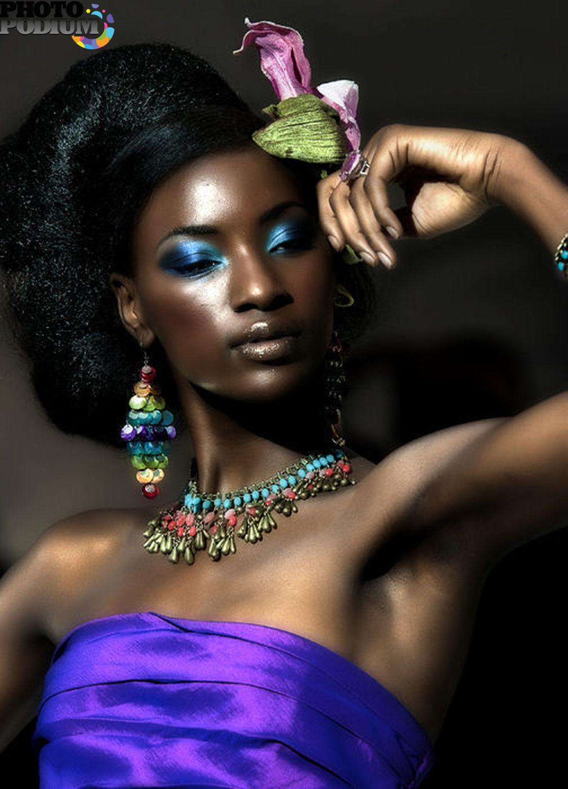 Художественное фото негритянских красавиц 2 фотография