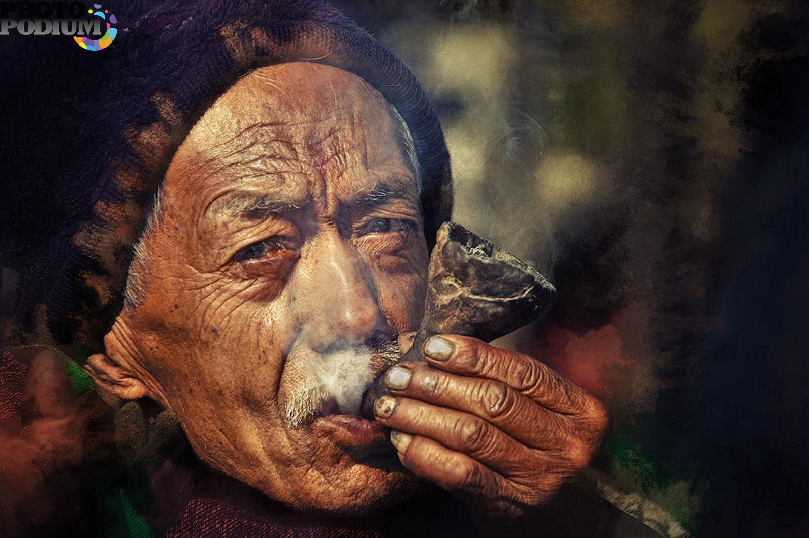 Фото русских деревенских стариков с трубкой 17 фотография