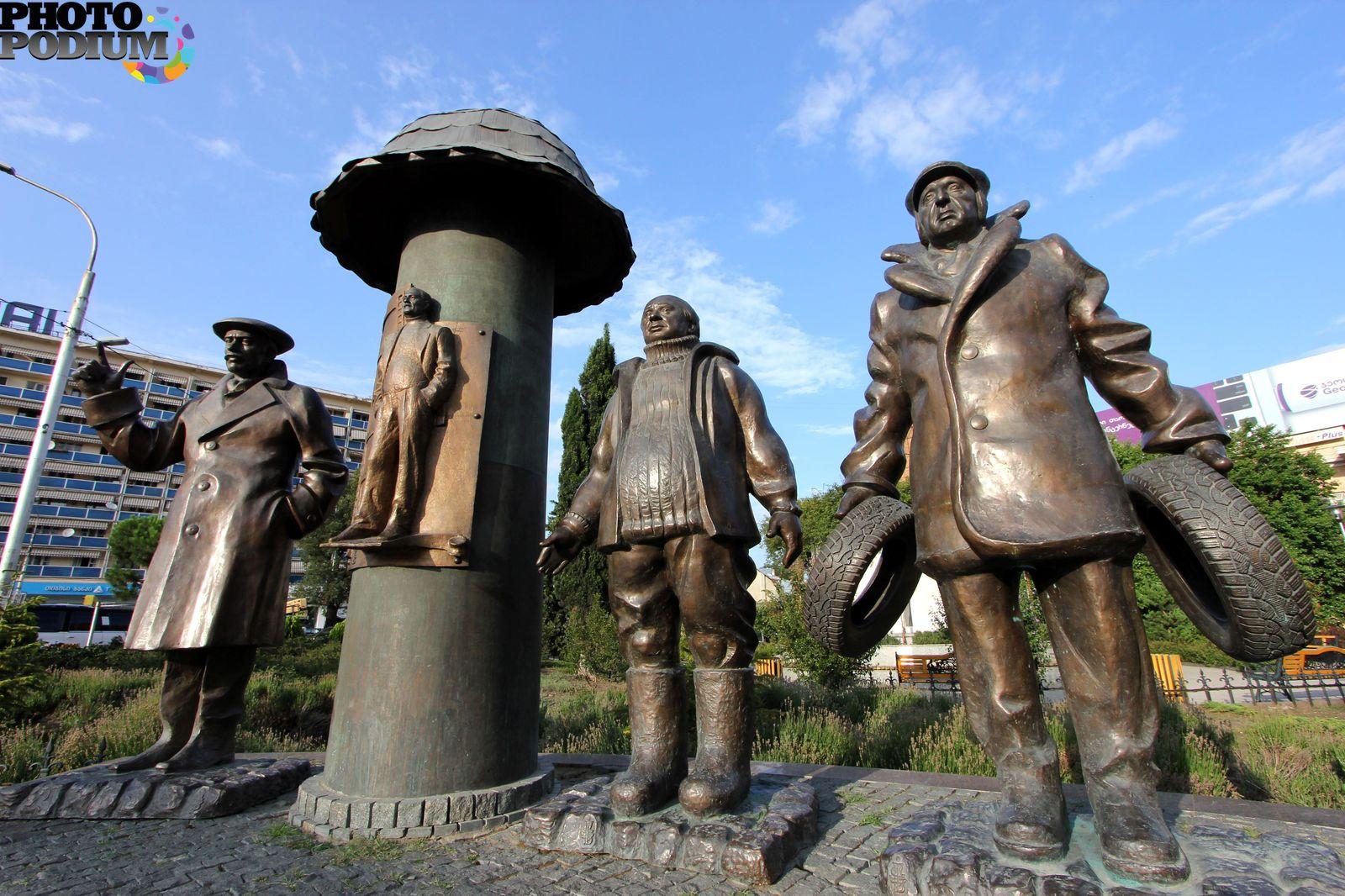 разбросано скульптуры церетели в волгограде с фото так понимаю сторонник